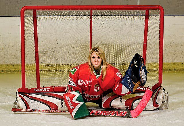 25 Most Beautiful Ice Hockey Players In The World Popular Female